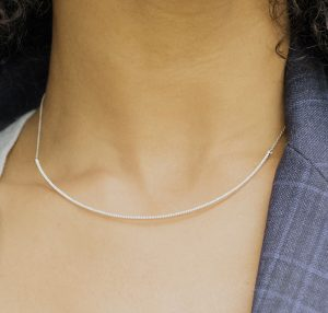 SHEWEL CURVE NECKLACE